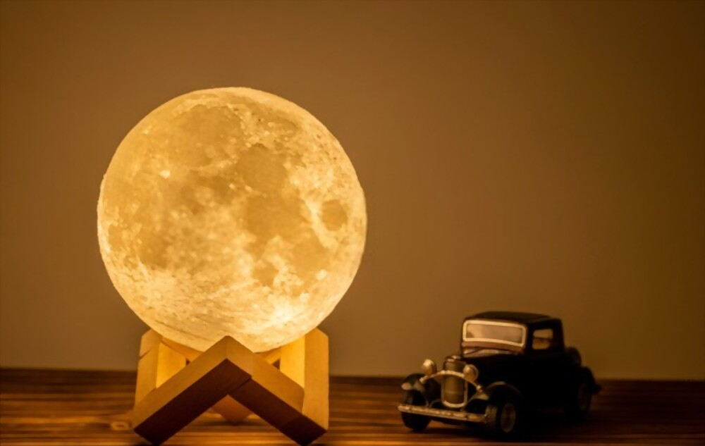 Best Moon Lamp To Calm Your Mind